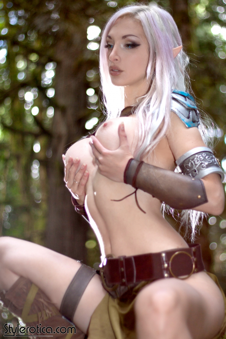 Nude elves cosplay exploited comic