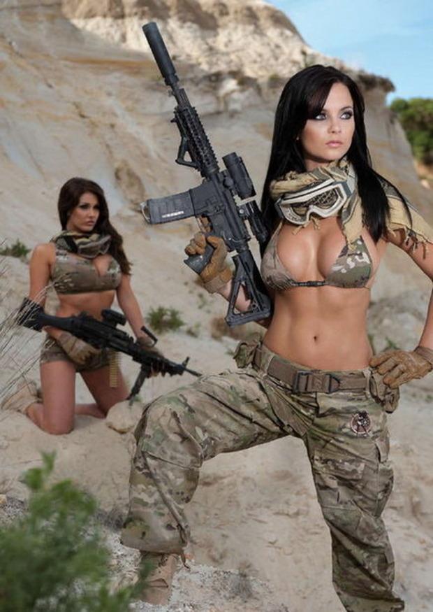 Сексуальные женщины военные 4